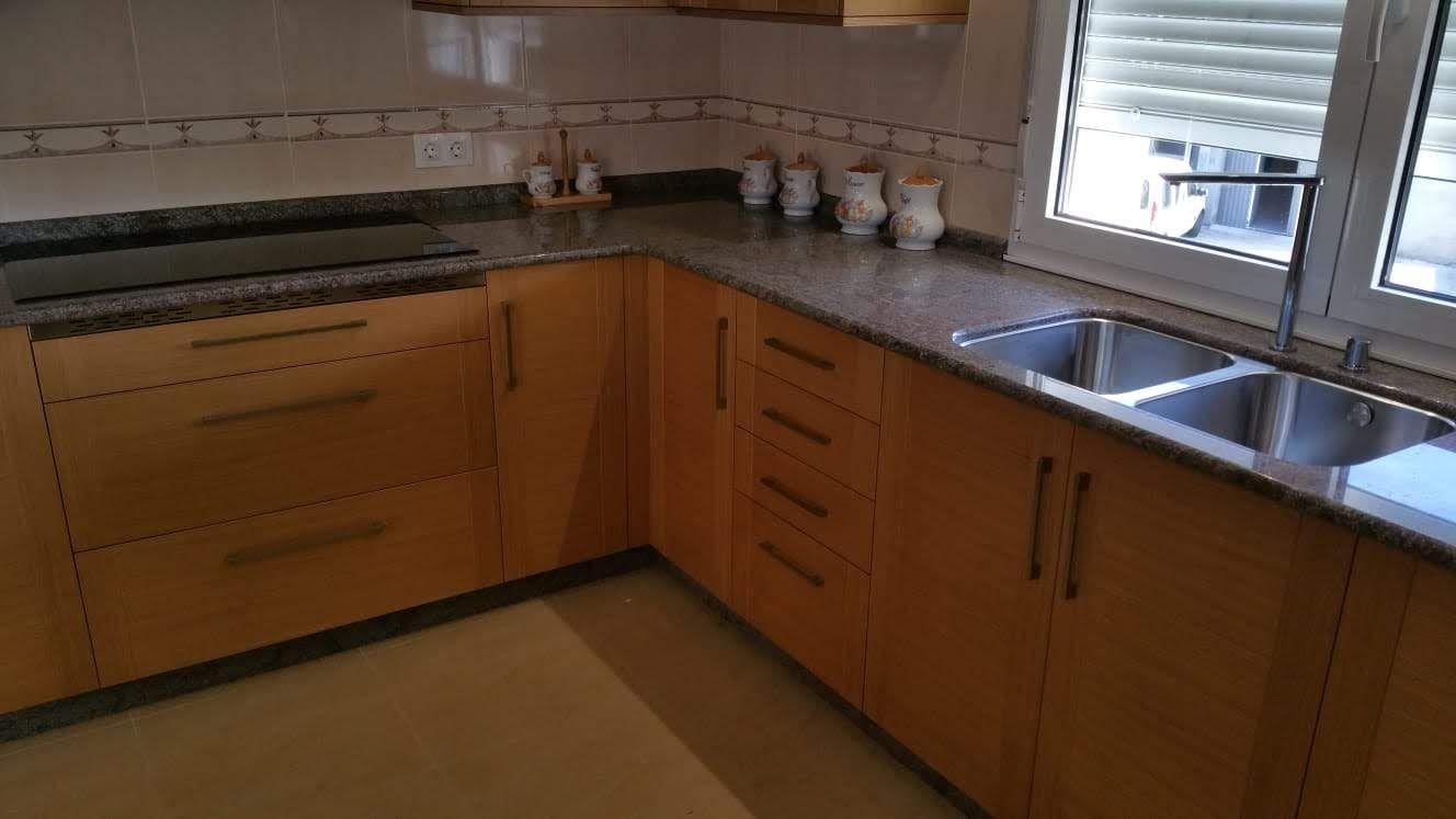 Mobiliario de cocina a medida en Lugo | Carpintería Cazás